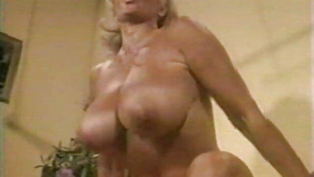 Dans tous les trous films pornos francais vintage cassés